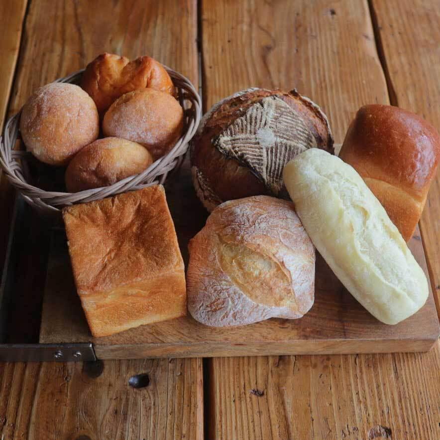 【お店にお任せ】食事に合うパン詰め合わせセット