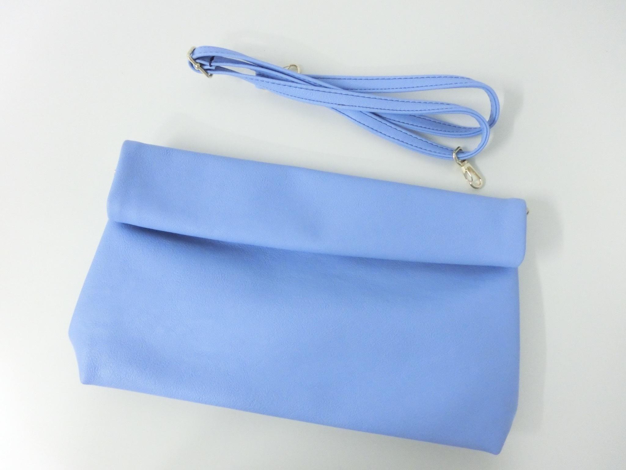 【 Colivey 】ロールデザインクラッチバッグ/ Blue