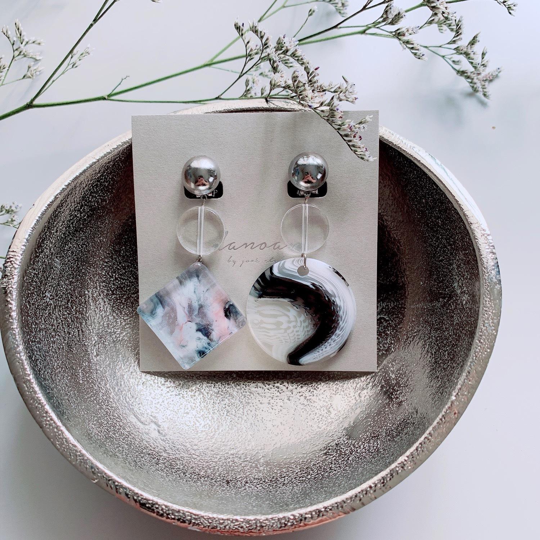 """ Earrings NO.danoan-26″ マーブルペイント"