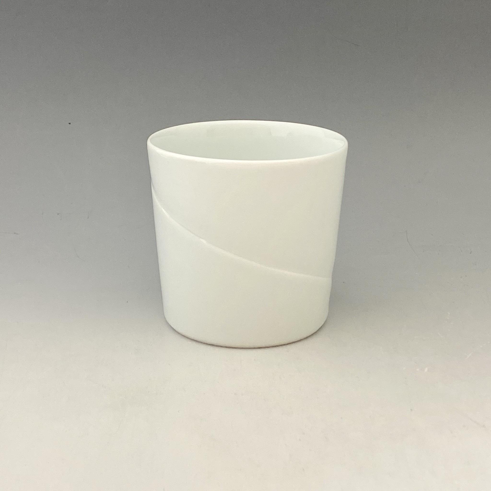【中尾恭純】白磁線彫フリーカップ