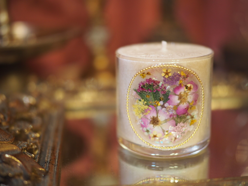 Pressed Flowers Candle 6