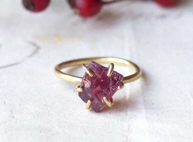 【一点物】原石のロードライトガーネットのリング