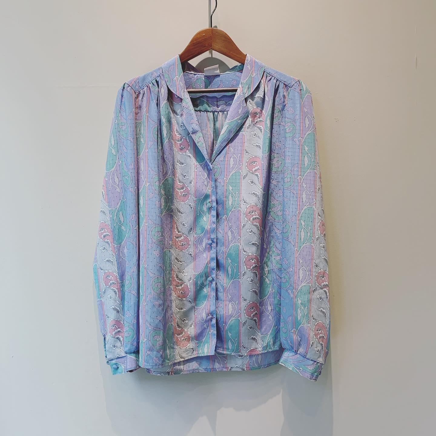 【SALE】vintage pastel design tops