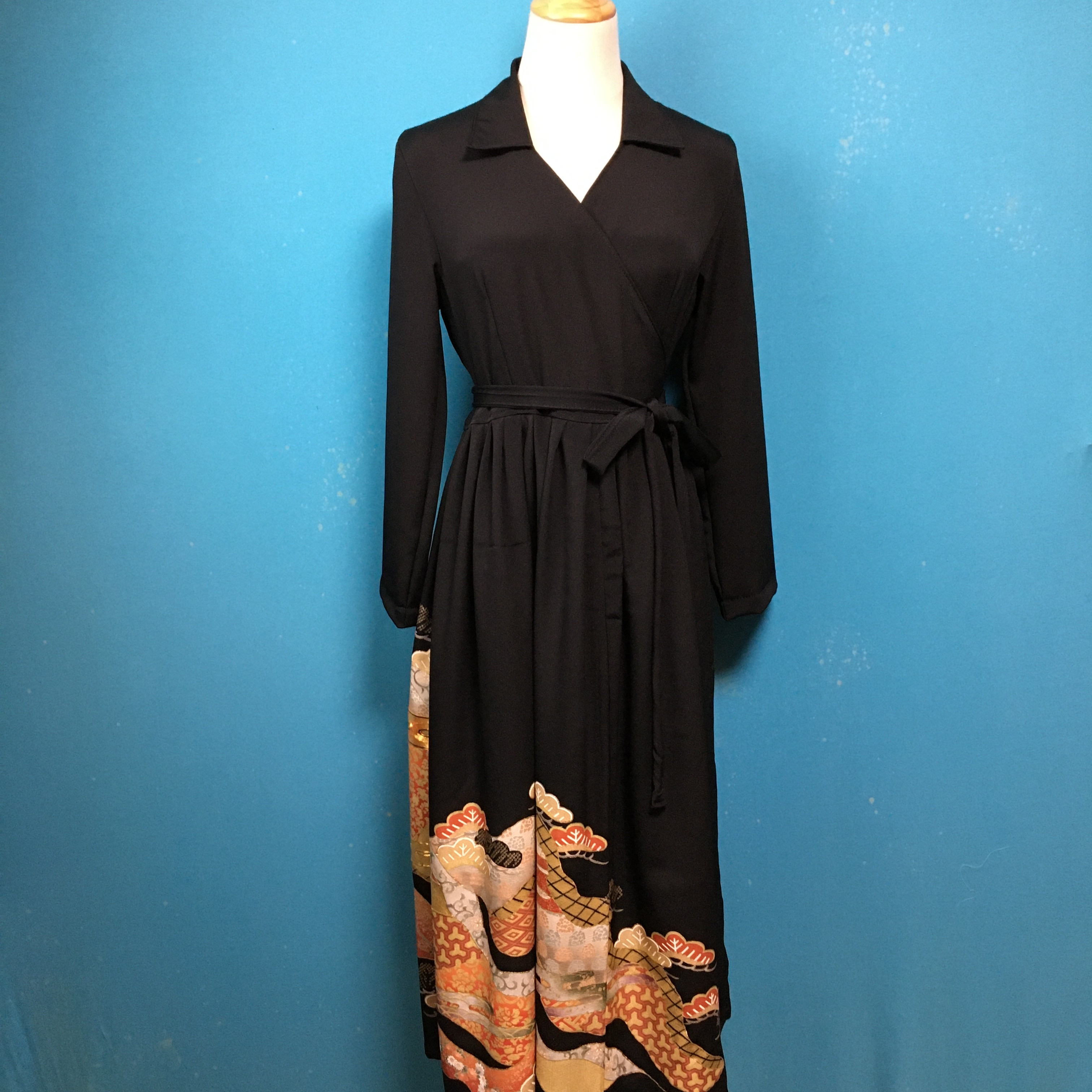 Vintage black kimono dress/ US 8/ 落款