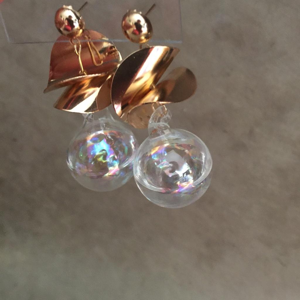 【ピアス】バブルガルムル ガラス シャボン玉 水 オーロラ *