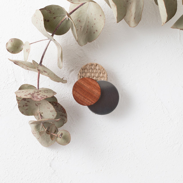 asaCorsage 〈Dots〉Wood