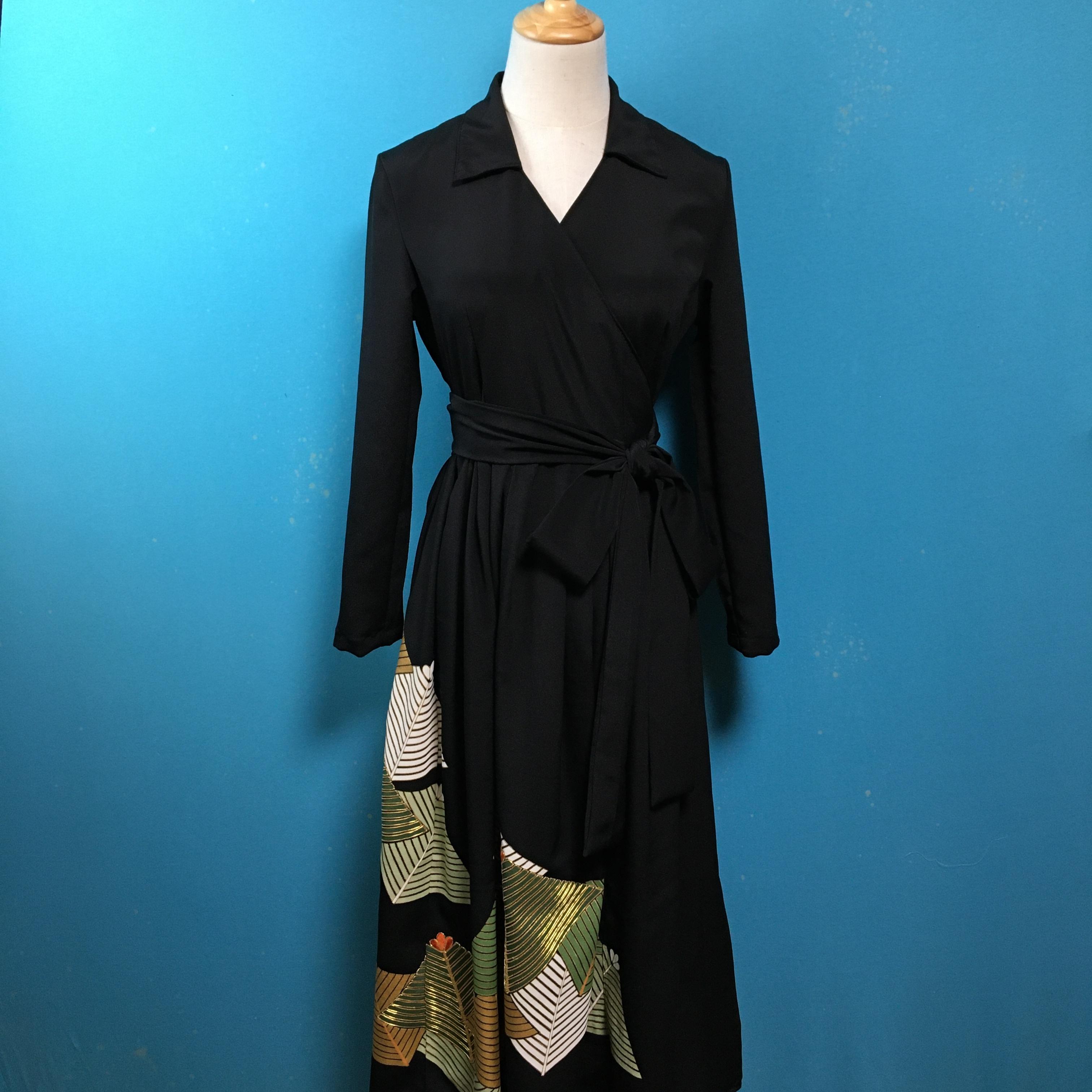 Vintage black kimono dress/ US 6 NOS