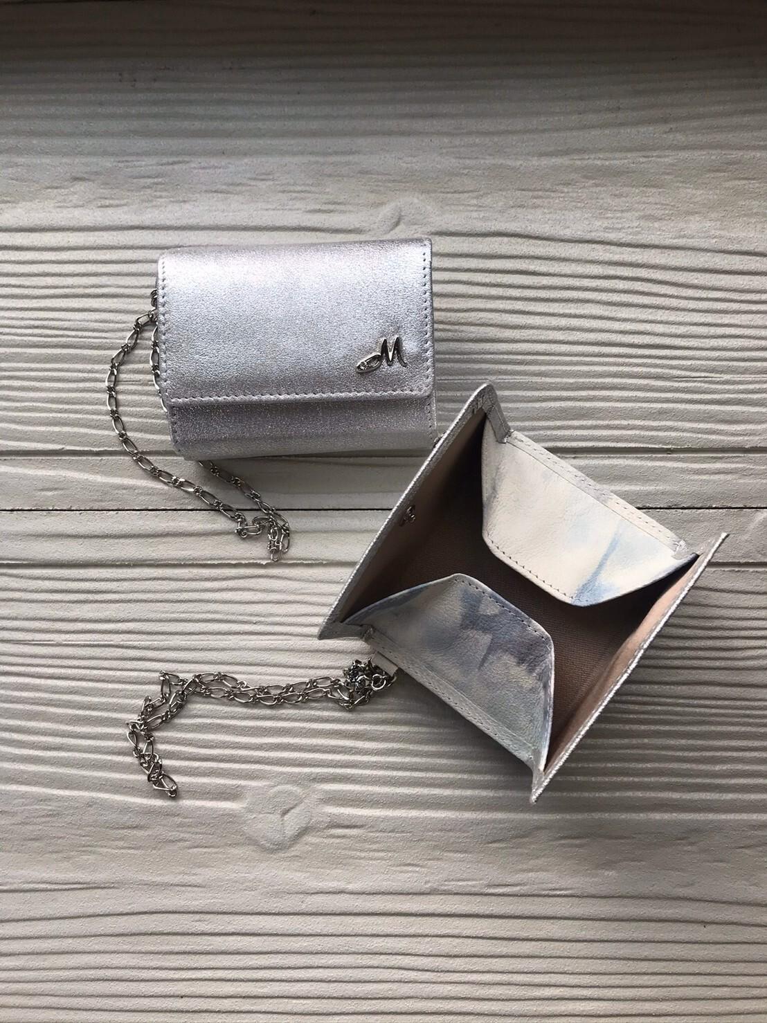 三つ折れ財布(シルバー)