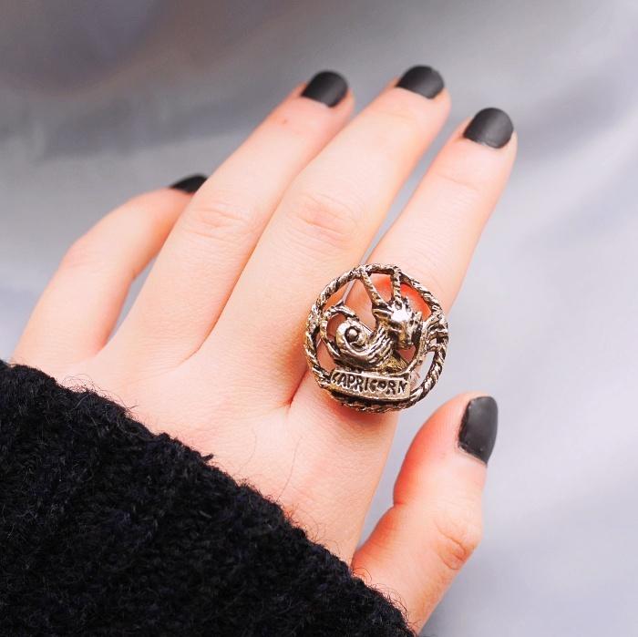 12星座 やぎ座(カプリコーン)70s ヴィンテージリング(指輪) Vintage ring