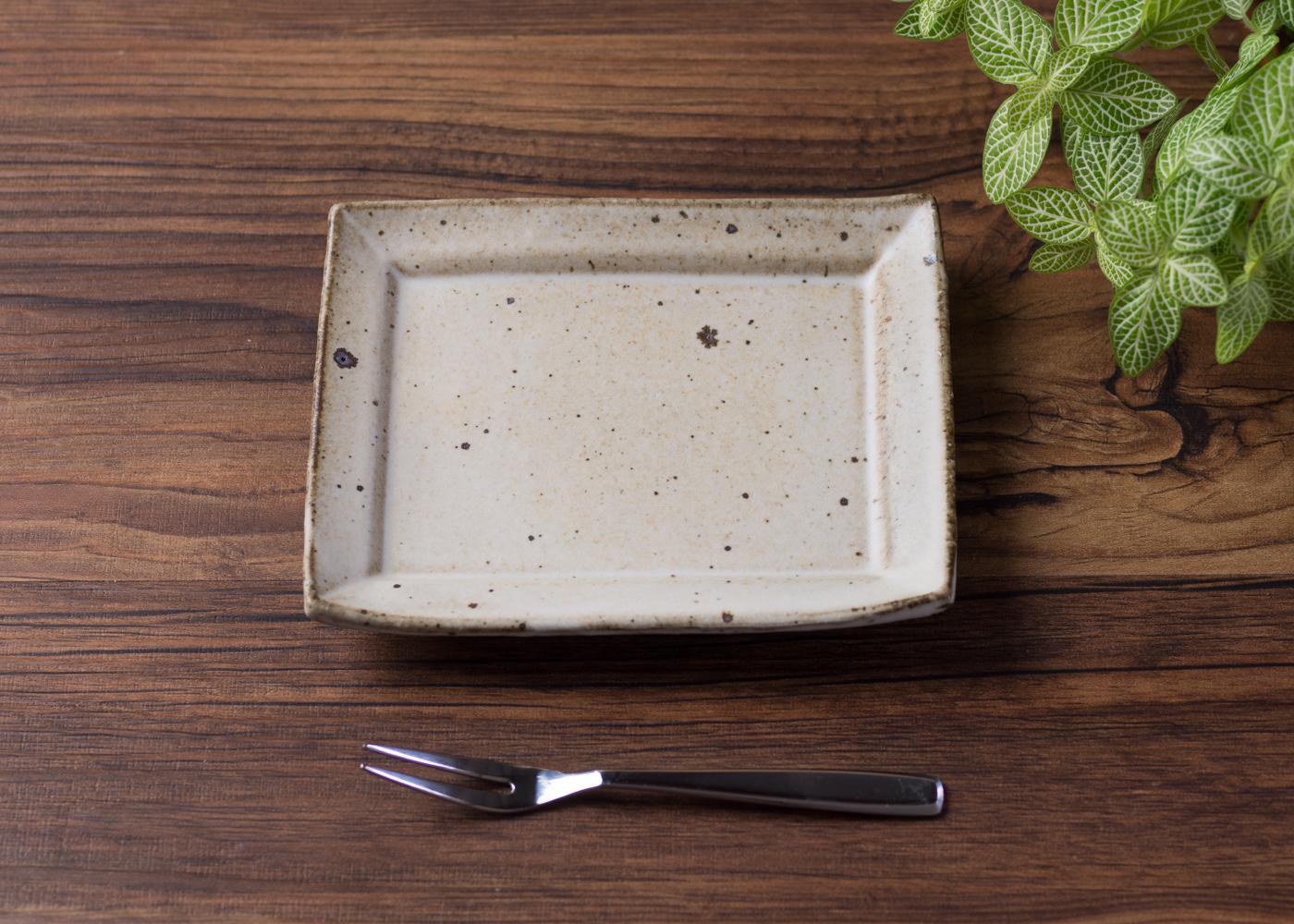 粉引 角小皿 3/くるり窯