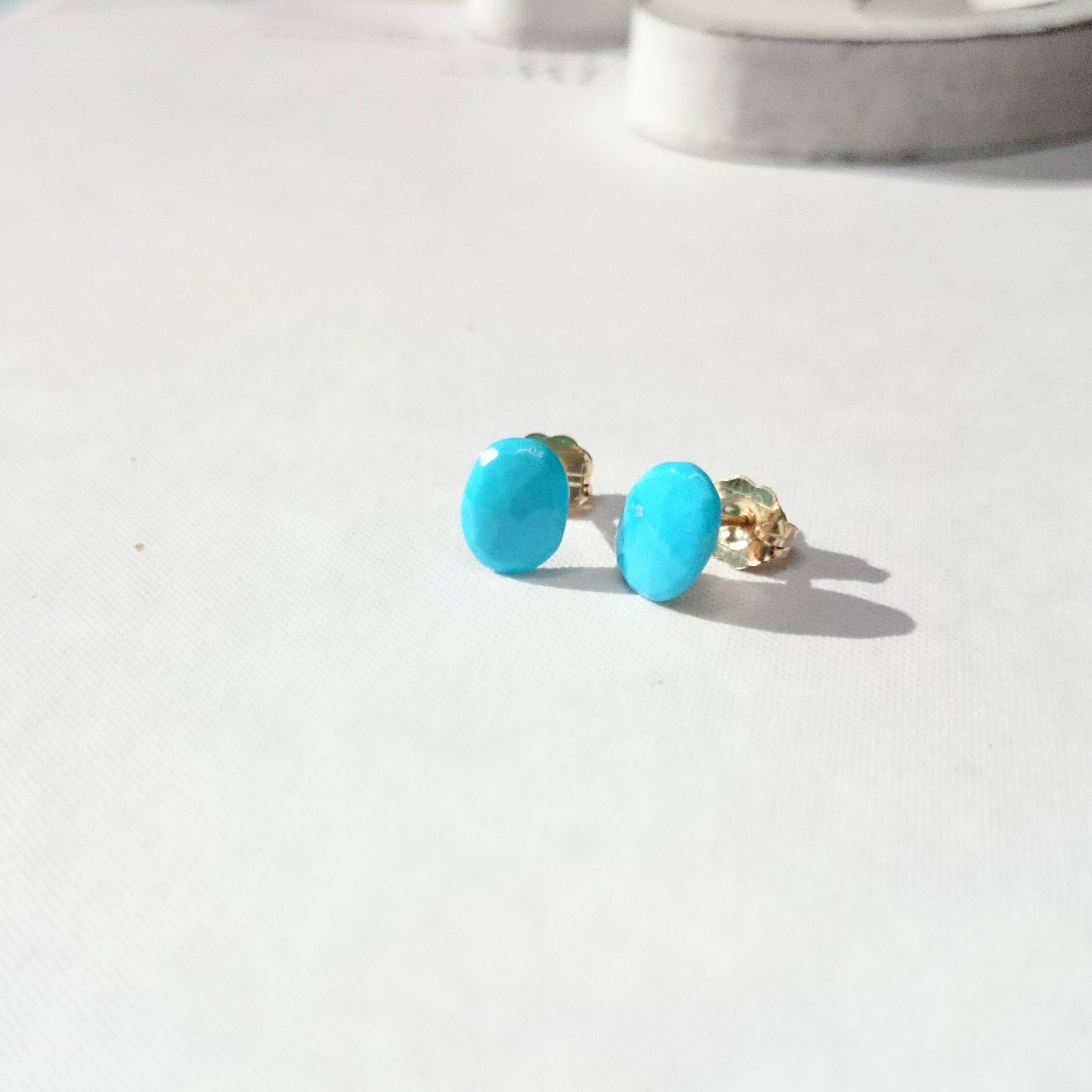 送料無料14kgf♡sleeping beauty turquoise stud pierced earring