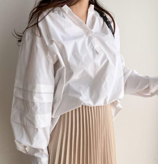 【送料無料】 大人っぽ ブラウス♡ 大人可愛い フェミニン Vネック プルオーバー ボリューム袖 シャツ トップス