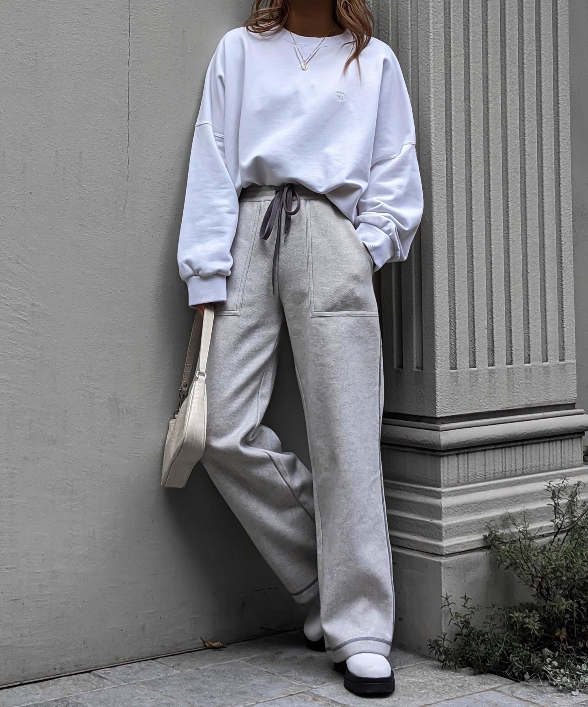 Stitch color relax pants