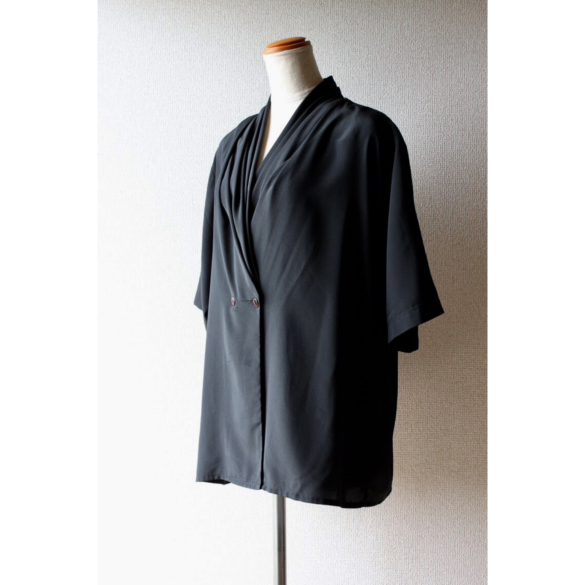 Vintage folds collar shirt