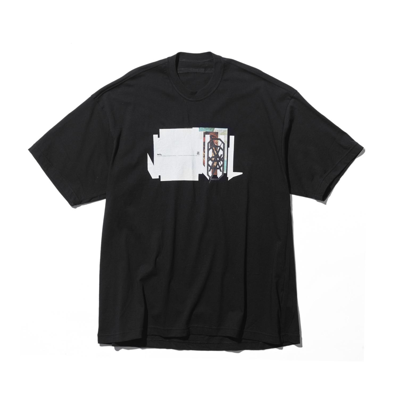 740CPM1-BLACK / NILøS プリント Tシャツ ver.1