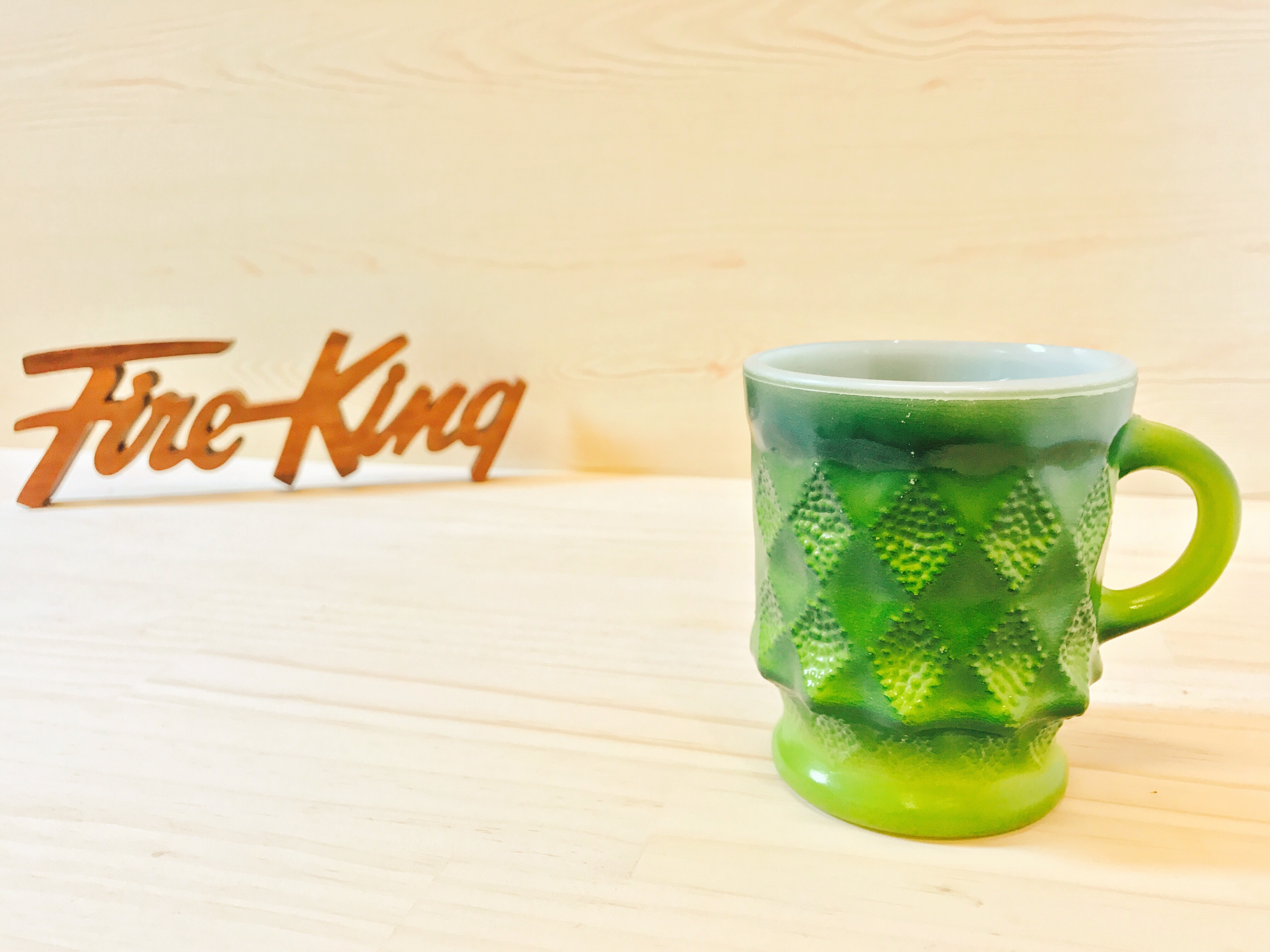 "[Fire King] ダイヤモンドマグ ""キンバリー"" グリーン・ライム ミルクガラス (識別No.22001)"