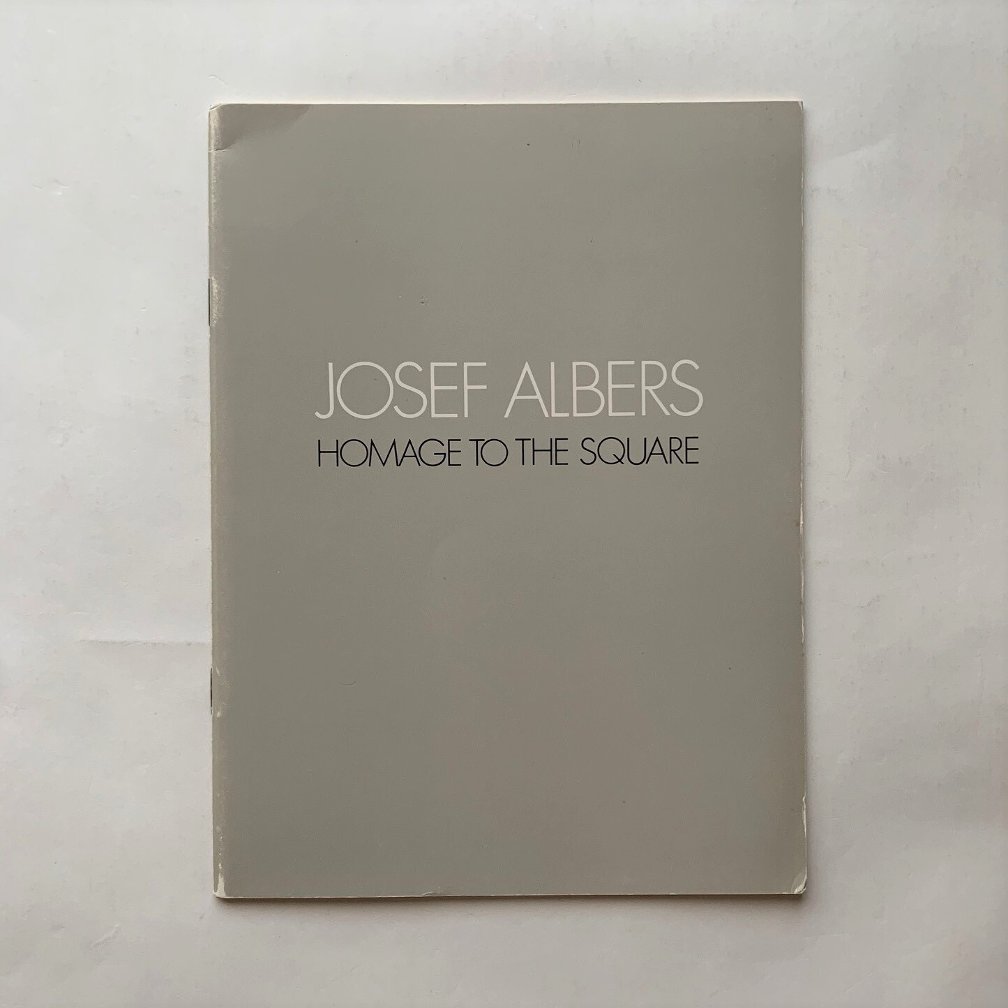 JOSEF ALBERS HOMAGE TO THE SQUARE  /  ジョゼフ・アルバース油彩展