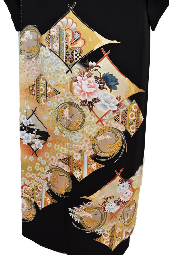 黒留袖レンタル■正絹鶴をもじった抽象柄の中に牡丹や菊の花柄、そして稲穂柄や桜の花が賑やかに■L寸kurot4[往復送料無料] - 画像3