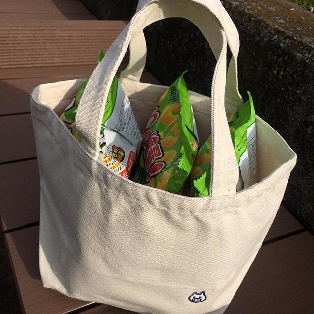 【送料100円!】けっこう入るおでかけバッグ【ナチュラル】 - 画像1