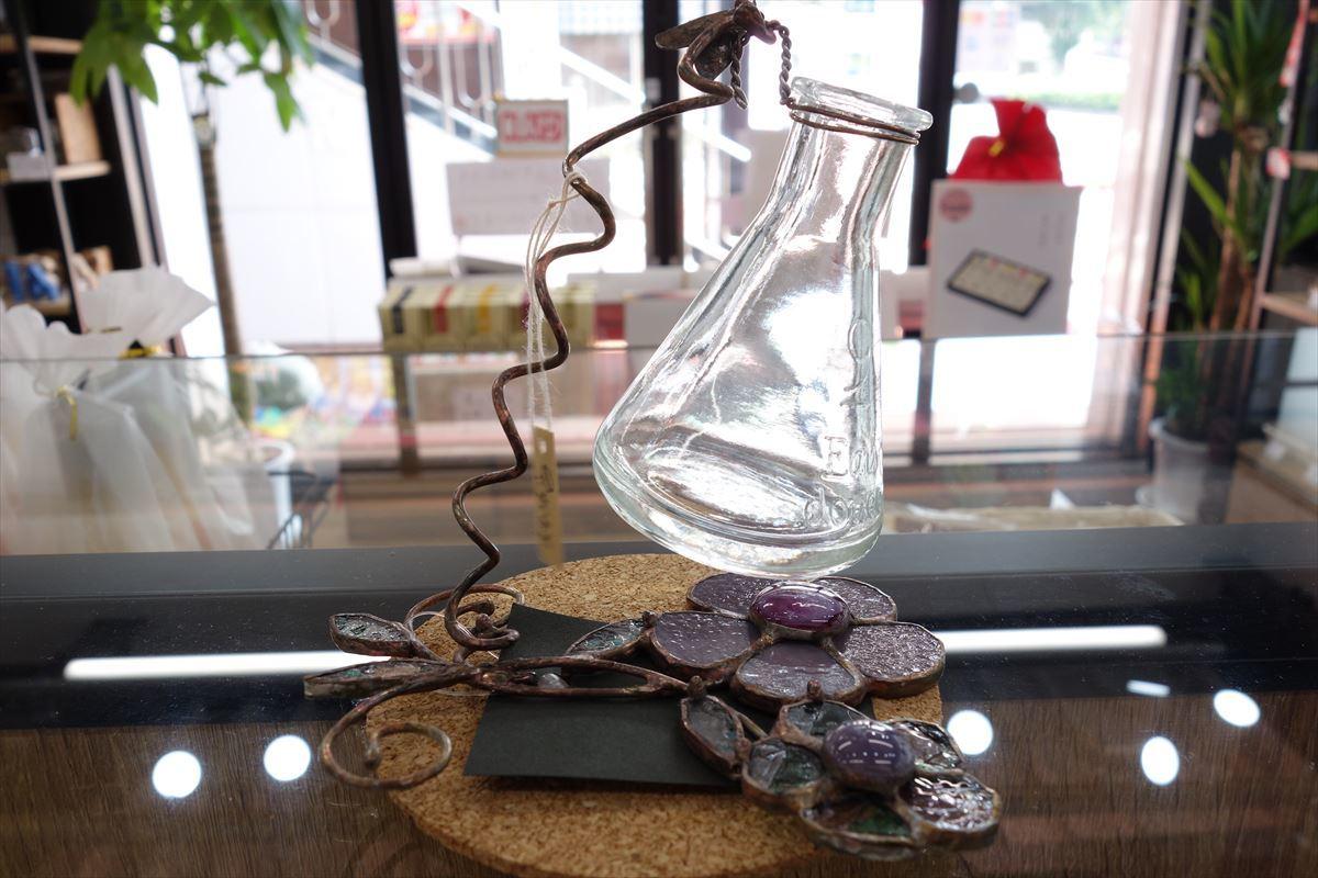 ステンドグラス 瓶と花③