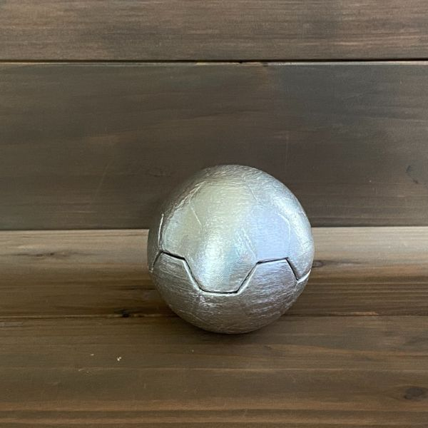 錫飲器『球』