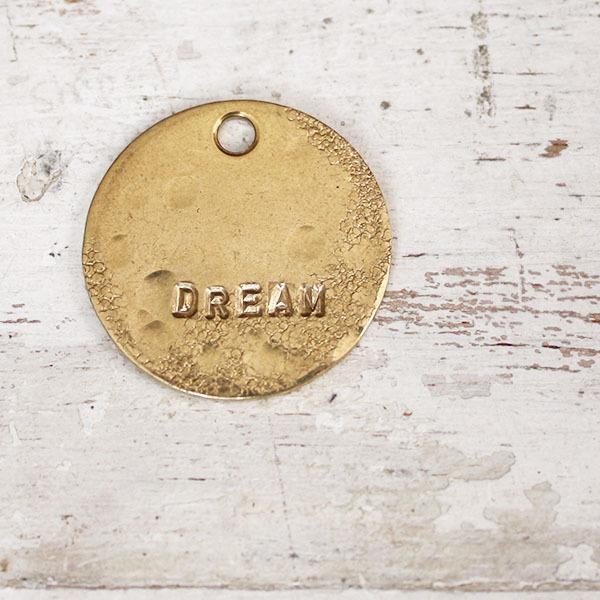 真鍮のペンダント(DREAM)