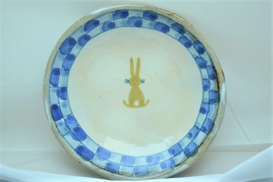 平丸皿 中