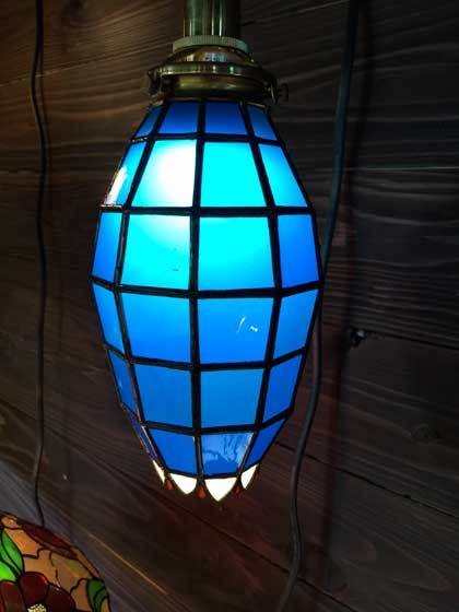 アイスブルー(ステンドグラスの吊りランプ)(ペンダントライト) 01010029