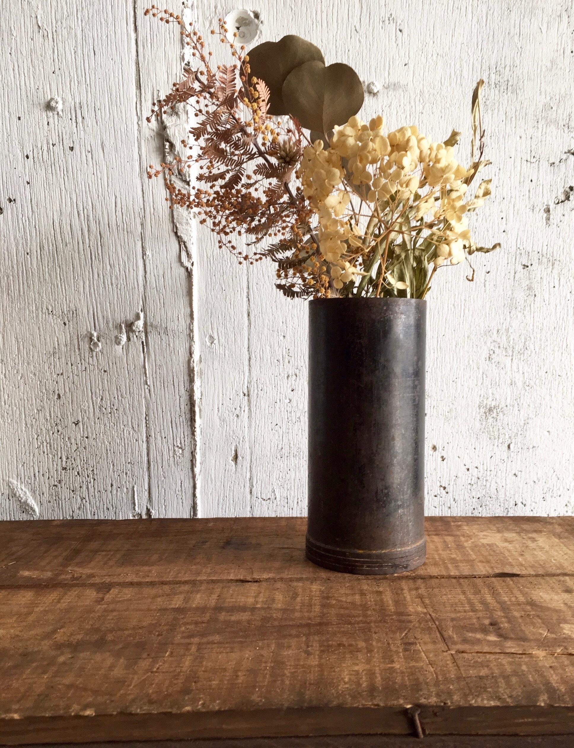鉄の花瓶[古道具]