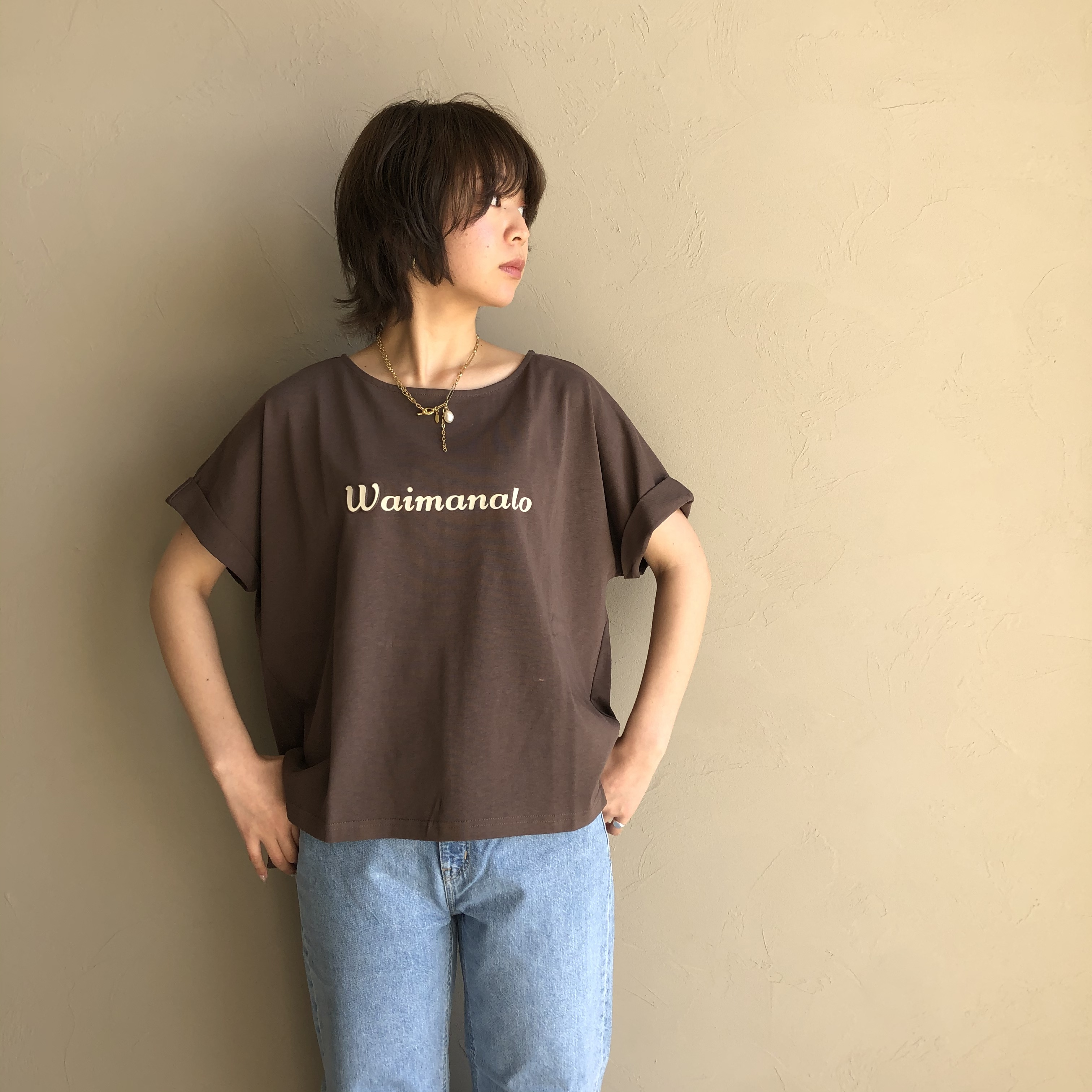 "【 Praia 】- LER-1890C - ""W"" エンボス加工Tシャツ"