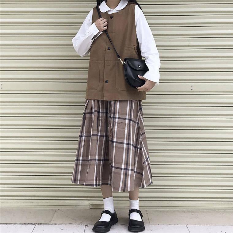 【送料無料】 人気のブラウンコーデ♡ ゆるかわ シンプル ベスト × チェック柄 ミモレ丈 スカート レトロ 2点セット