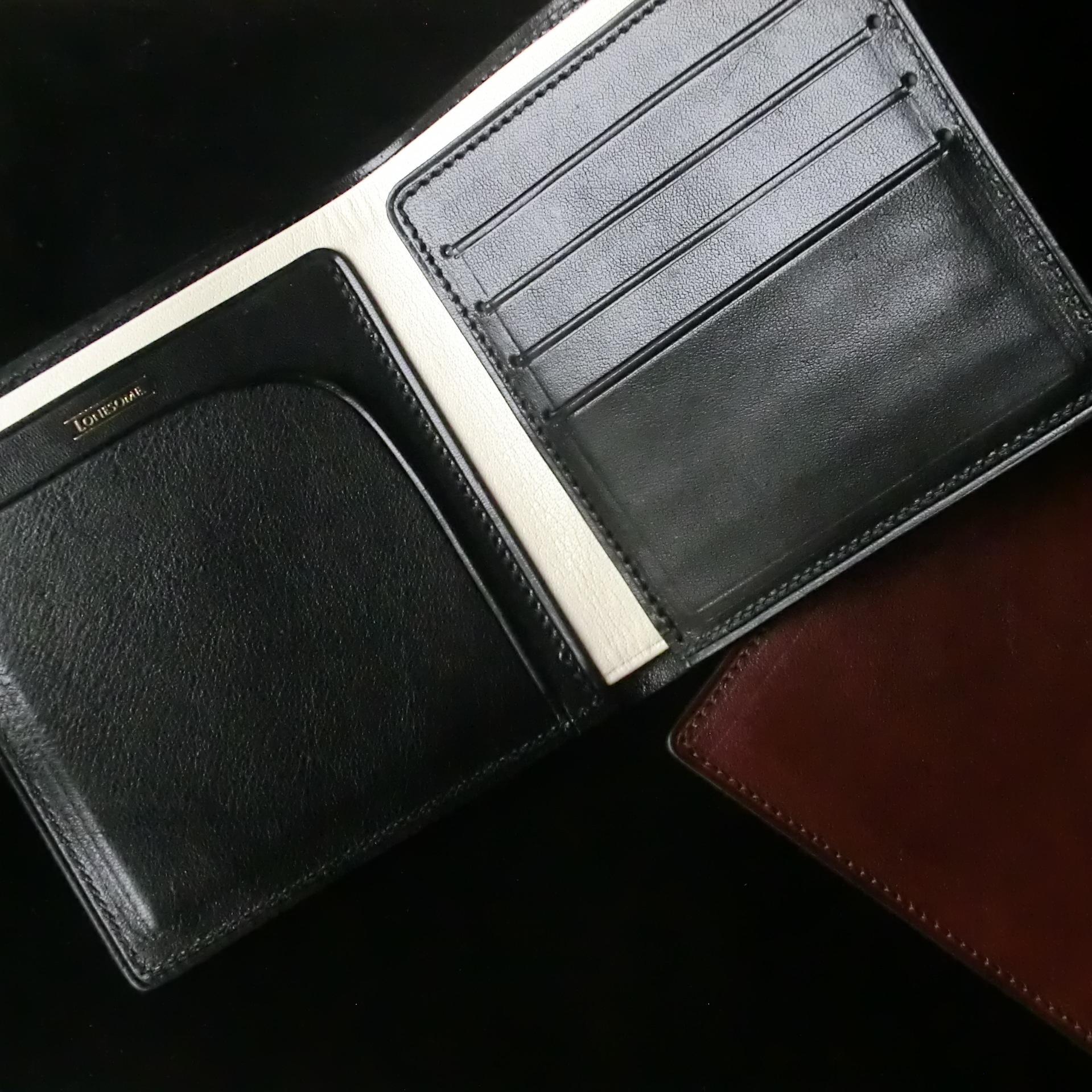 BILLFOLD WALLET 2つ折り財布