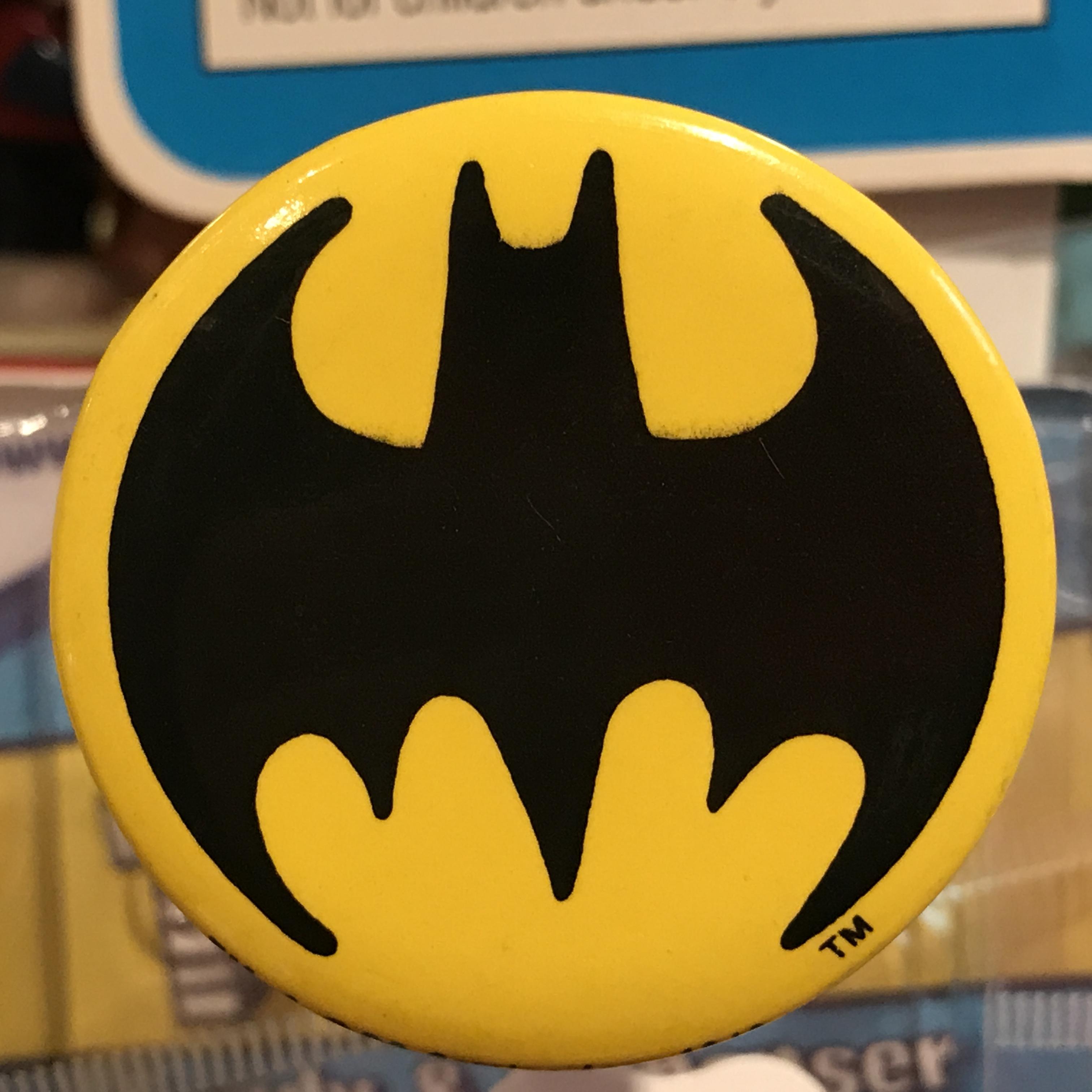 バットマン オールド 缶バッジ ロゴ入りver.