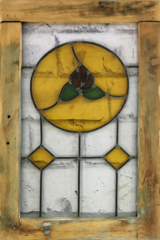 品番2031 ステンドグラス インテリア 木枠 イエロー アンティーク