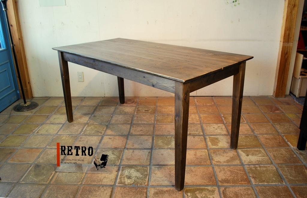 ナチュラルダイニングテーブル