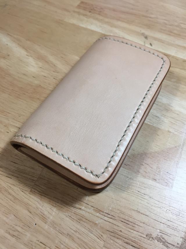 二つ折型カードケース