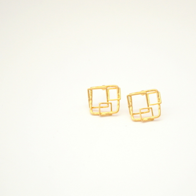 Square Motif Pierce Silver925
