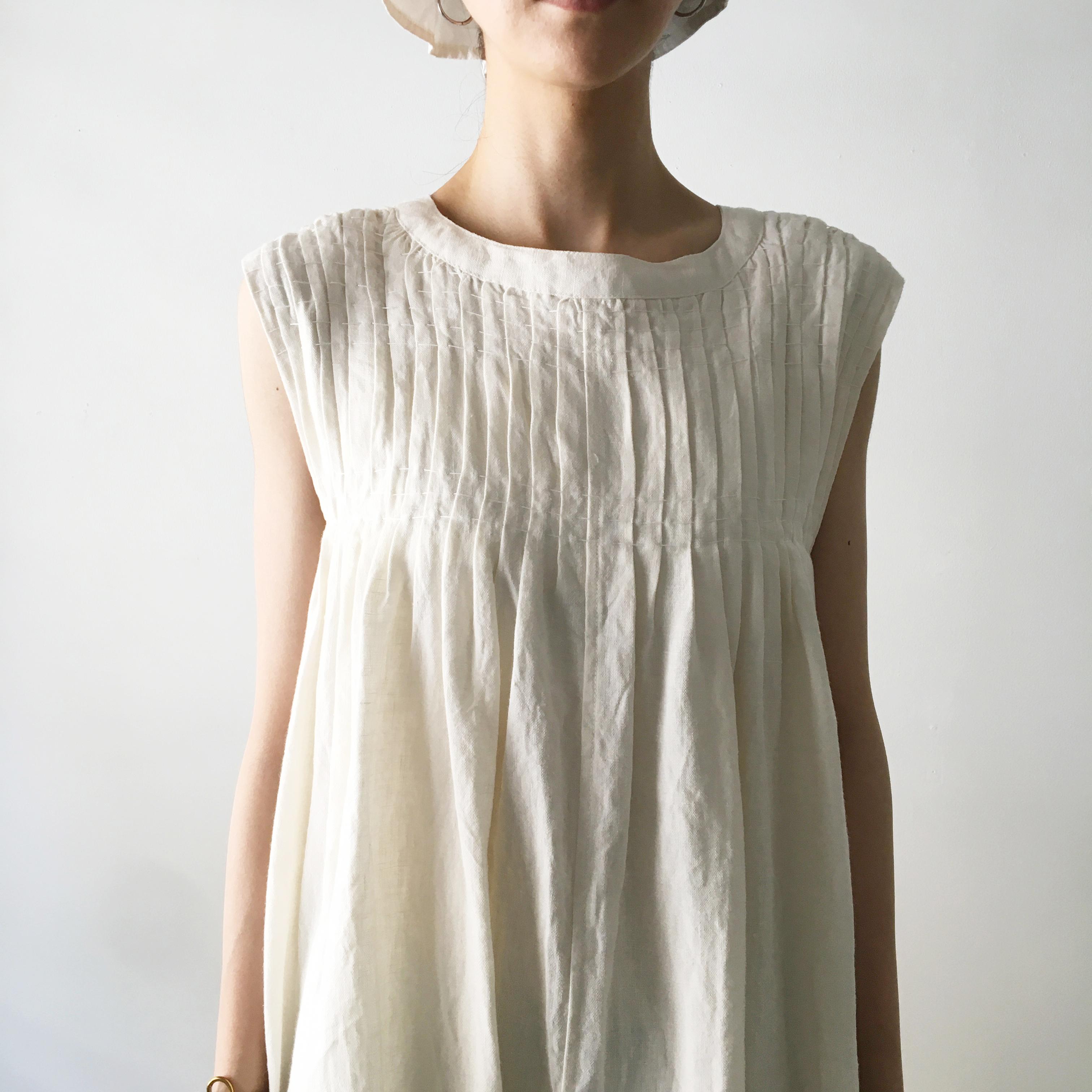 "Gather Dress ""natural white"""