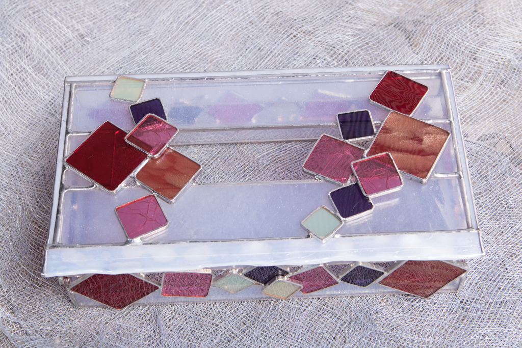 ボックスティッシュケース キューブ(ステンドグラスのボックス) 02020011