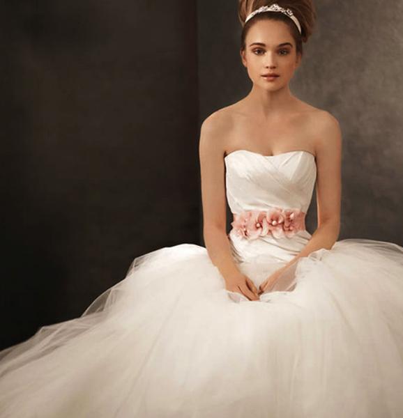 White by Vera Wang ふんわりバレリーナドレス | MimiJ Bridal
