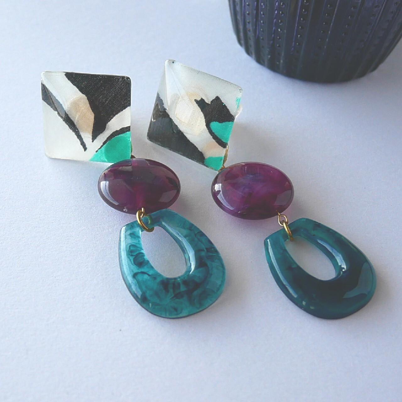""""""" Earrings NO.0-1652""""大ぶりグリーンイヤリング"""