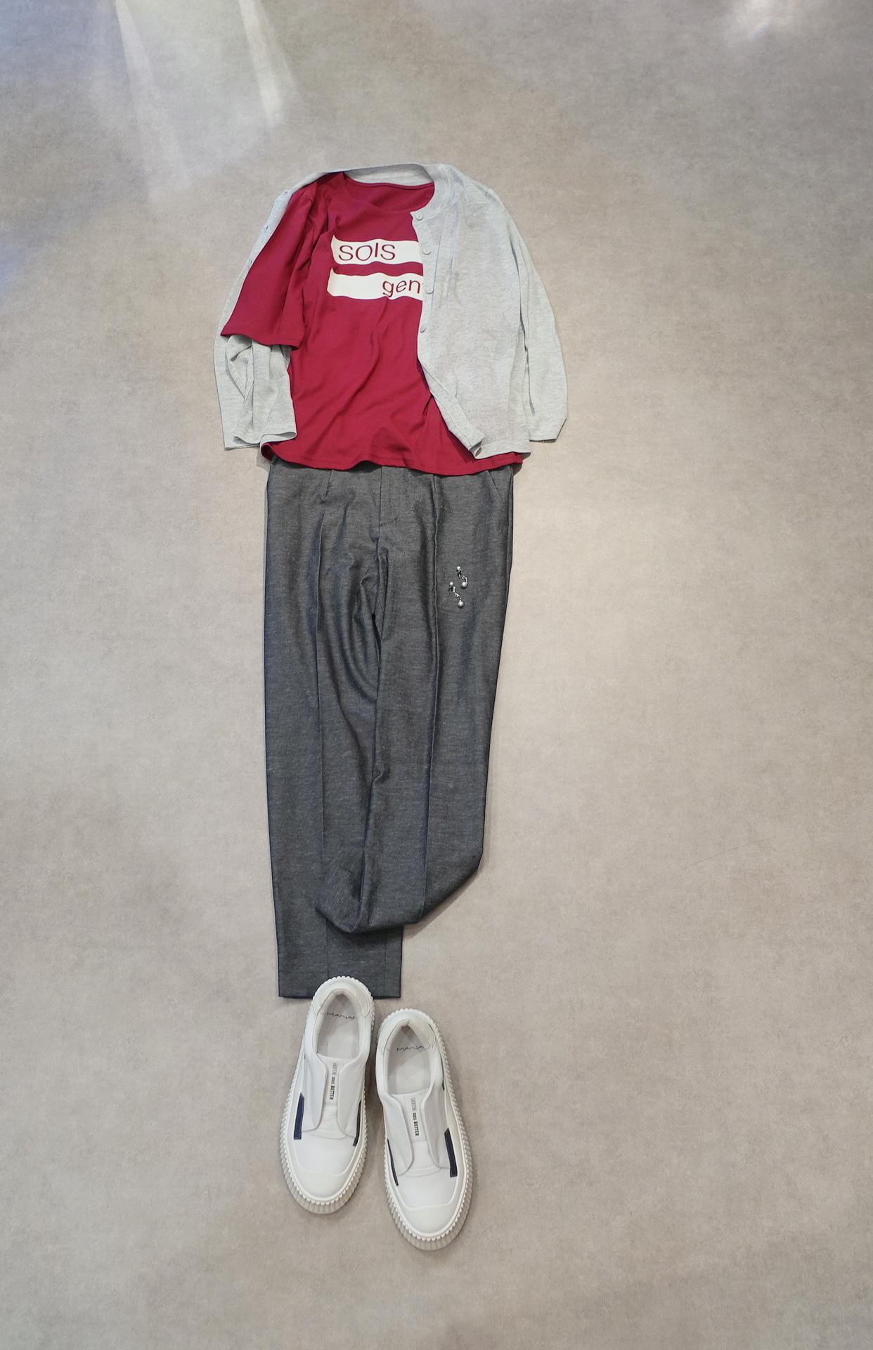 21045   5分袖ロゴTシャツ