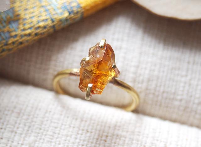 [一点物]原石のシトリンのリング