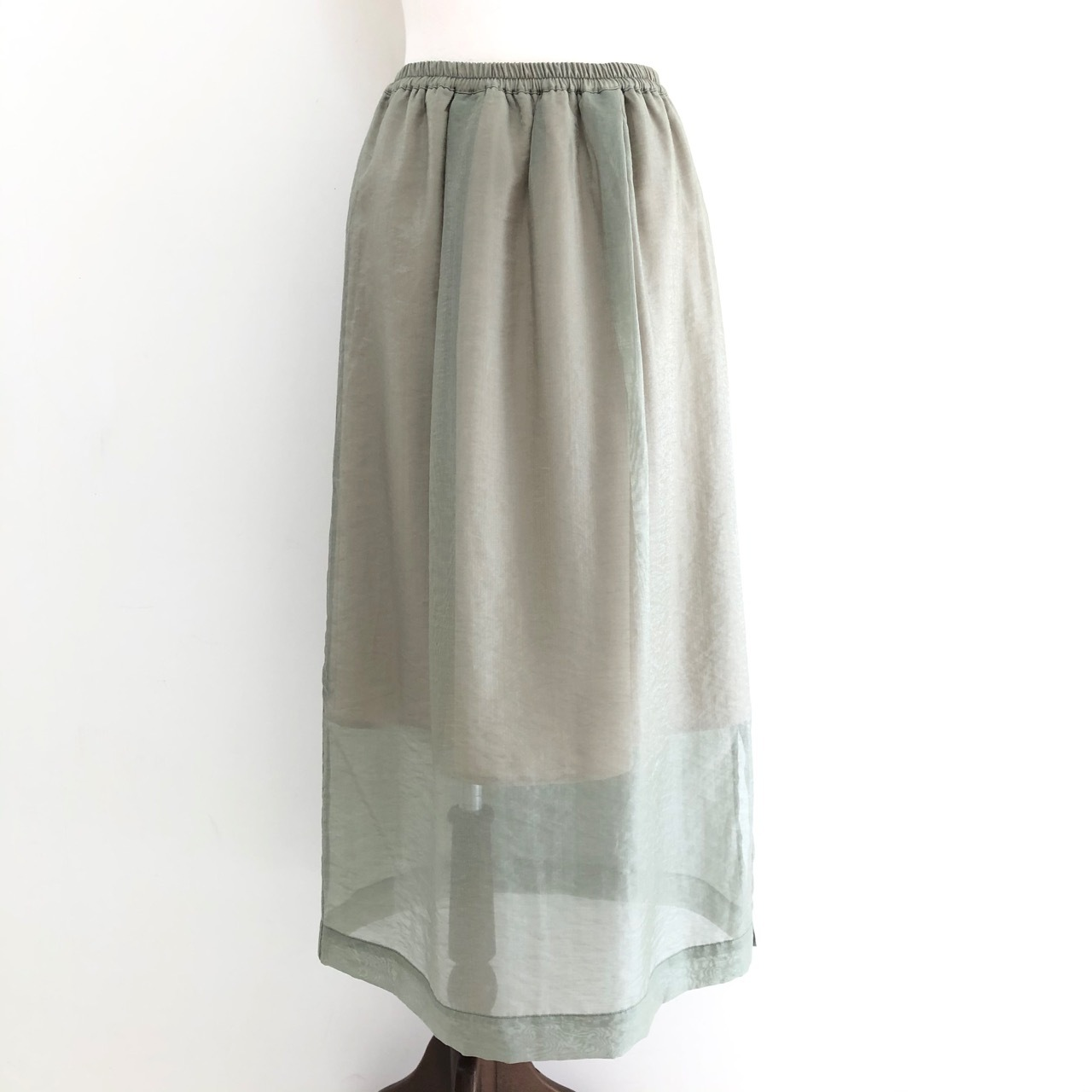 【 CHIGNONSTAR 】- 2601-251 - シアーバイカラースカート