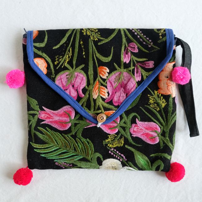 シナカンタンの花刺繍クラッチポーチ /230f/ MEXICO メキシコ