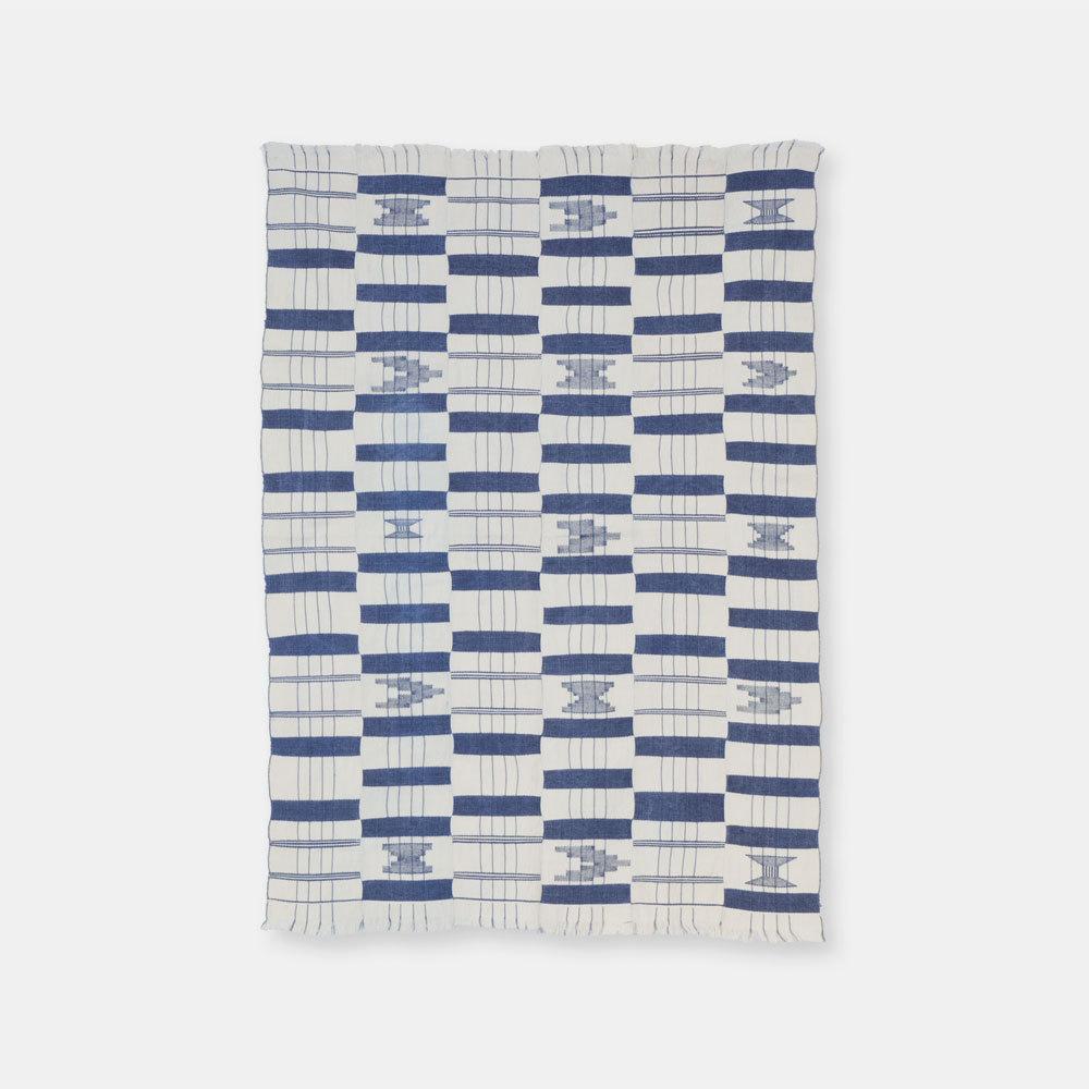 ガーナ エウェ族 ケンテ 藍染 白地柄あり SLI023