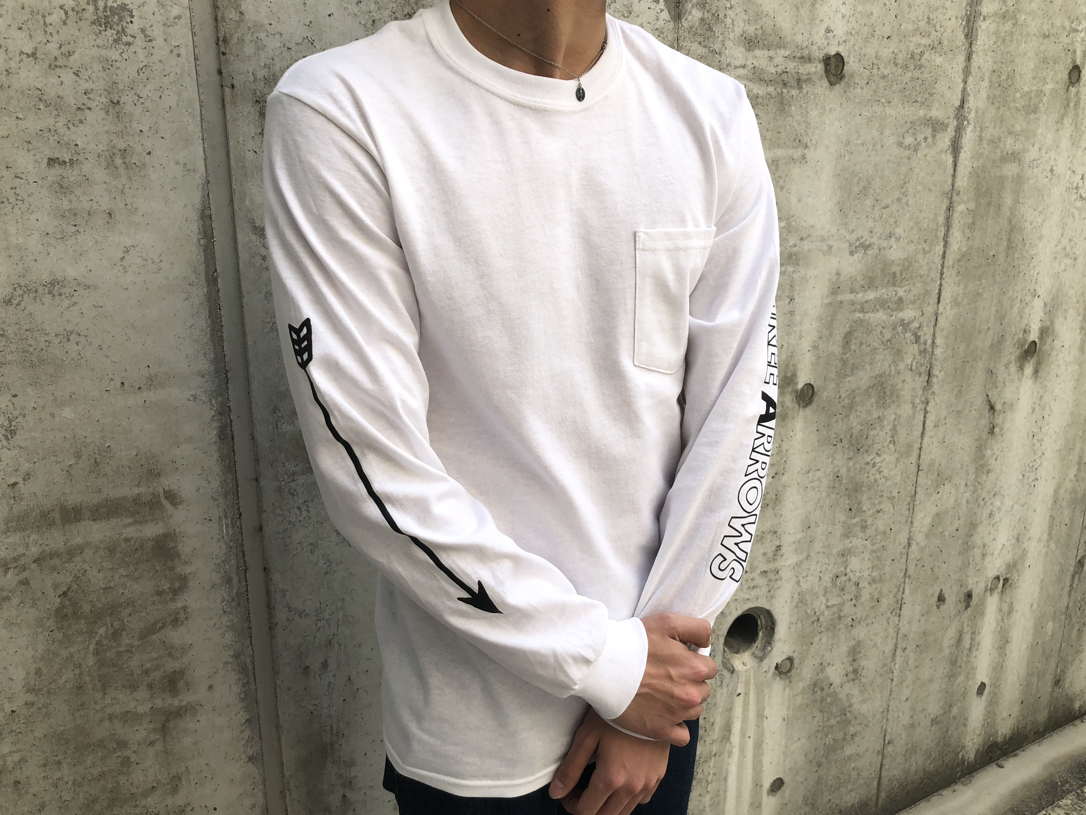 ARROWポケット付きロングTシャツ(white)