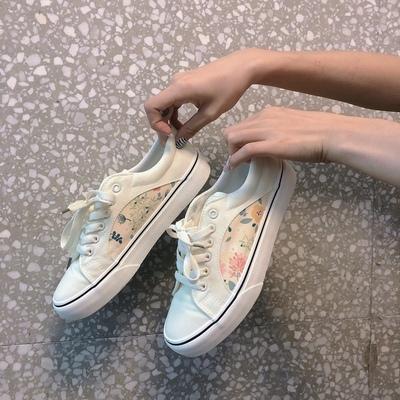 〈Ranking No.5〉お花入りカスタードスニーカー【flower custard sneaker】