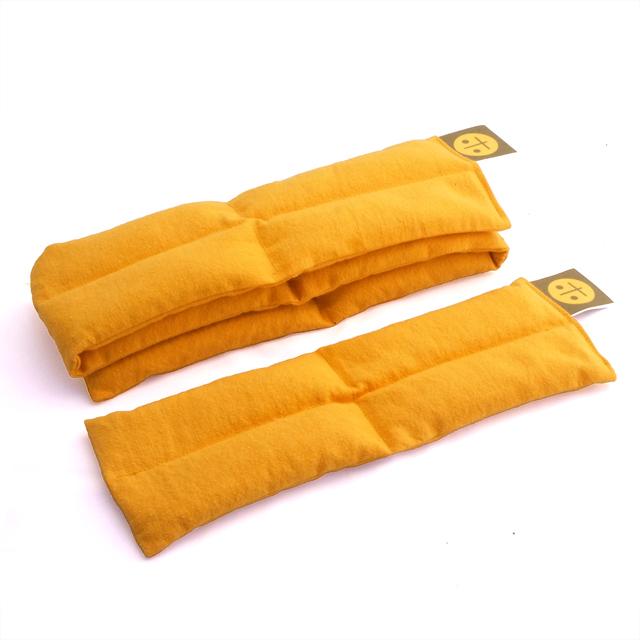 2サイズセット(マスタード):独自の形状が体を包み込みます。整体デザイナー監修のホットパックで全身の健康をサポート。