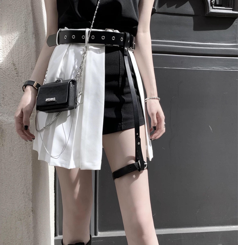 design pleats herness skirt